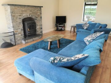 Muckno Lodge Photos - Living Room